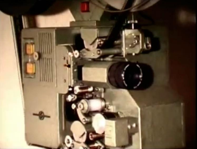 Günter Stark und sein selbstgebauter 35mm Projektor