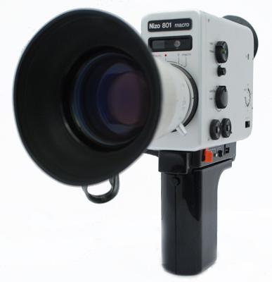 Die Nizo 801, eine der von Re:Voir verkauften Kameras
