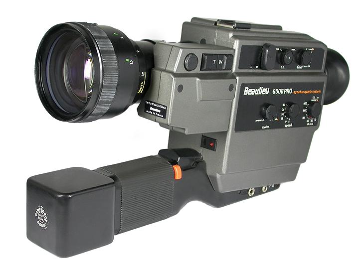 Profigerät: Die Beaulieu 6008 ist keine Taschenkamera (Photo: K. Tauber)