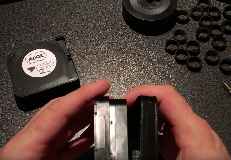 Öffnen der Adox- bzw. GK-Film Super 8 Kassette zwecks Wiederbefüllung